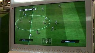 Jugando a FIFA 11 - Vandal TV TGS