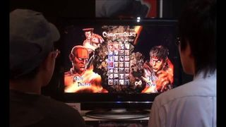 Jugando a Street Fighter x Tekken - Vandal TV TGS 2011