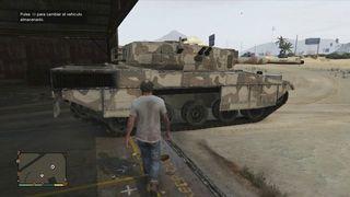 Grand Theft Auto V - Acci�n en tanque